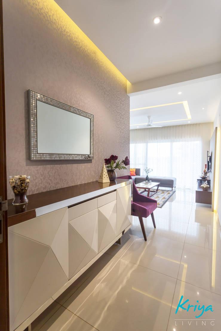 3 BHK apartment - RMZ Galleria, Bengaluru:  Living room by KRIYA LIVING