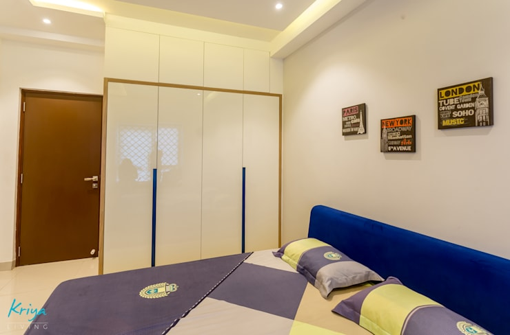 3 BHK apartment—RMZ Galleria, Bengaluru:  Bedroom by KRIYA LIVING