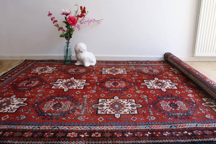 Groot rood handgeknoopt Perzisch tapijt. Oosters vintage kleed.:   door Flat sheep, Aziatisch