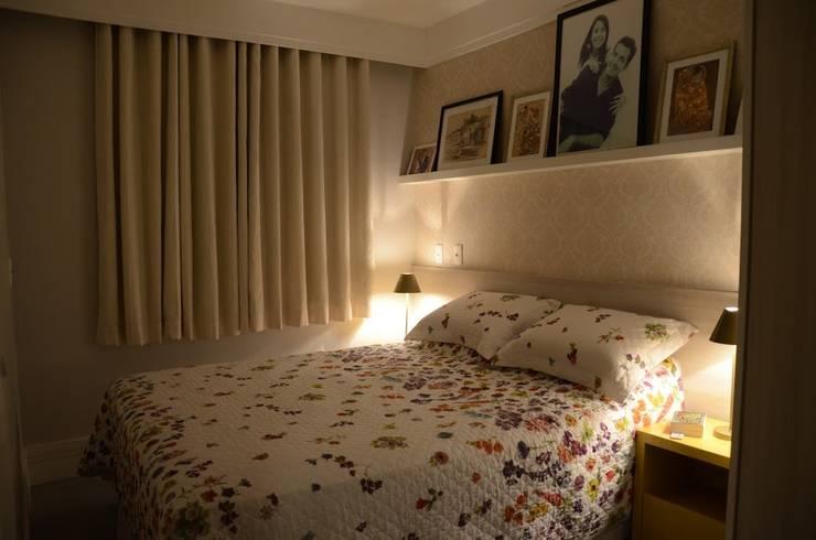 غرفة نوم تنفيذ Alvaro Camiña Arquitetura e Urbanismo