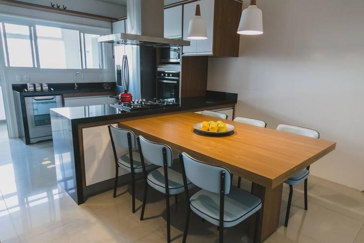 Cocinas de estilo  por Marina La-Gatta Design de Interiores