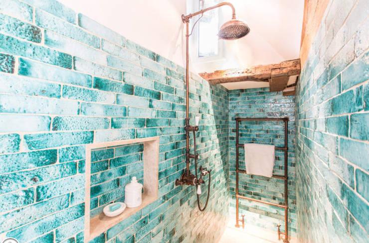 پانی کے ضیاع کا حل,:  Dressing room by lancerisb,
