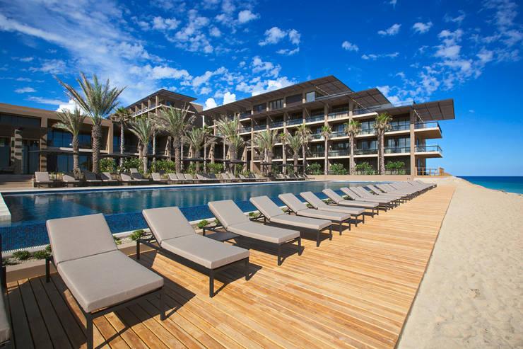 JW Marriott Los Cabos - IDEA Asociados: Terrazas de estilo  por IDEA Asociados