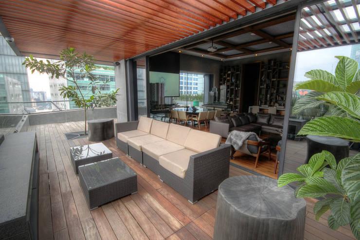 Idu - IDEA Asociados: Terrazas de estilo  por IDEA Asociados, Moderno