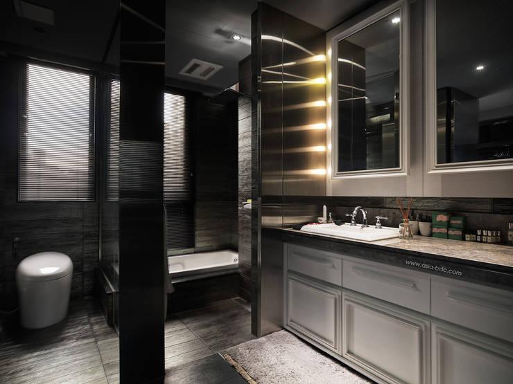 浴室 by Taipei Base Design Center