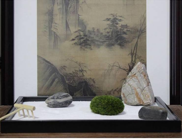 Zen sand table:   by mochi