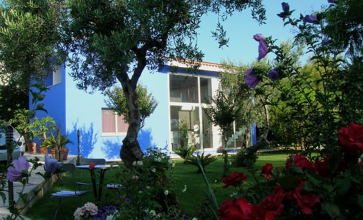 Bed & Breakfast Jacaranda:  Hotels door MEF Architect, Mediterraan Beton