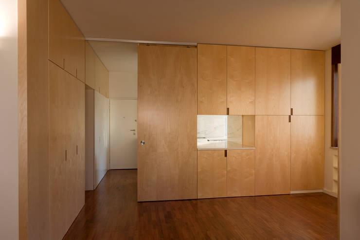 Salle à manger minimaliste par ABPROJECTOS Minimaliste