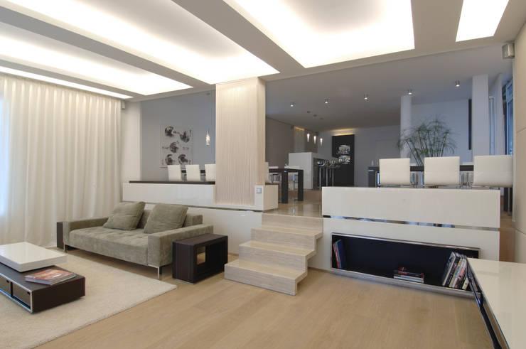 Erweiterung Anbau Villa Bar Essen Lounge Innenarchitektur Egg