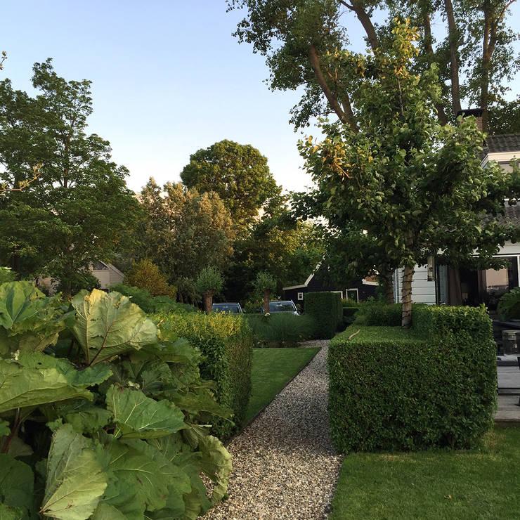 Landschapstuin Holysloot:   door Studio-B-Gardens