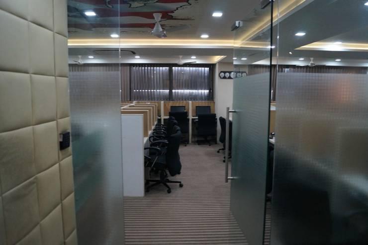Castilel:  Office buildings by Hightieds,