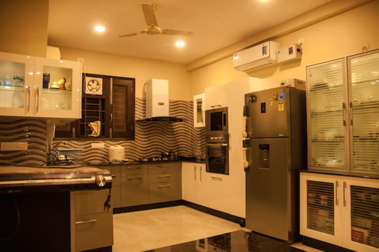 Kitchen by Schaffen Amenities Private Limited