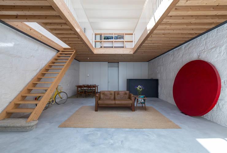 Living room by a*l - alexandre loureiro arquitectos