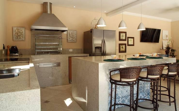 Garage & Schuppen von Studio 262 - arquitetura interiores paisagismo