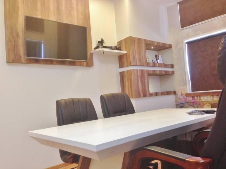 M.D.'s Cabin :  Commercial Spaces by Core Design