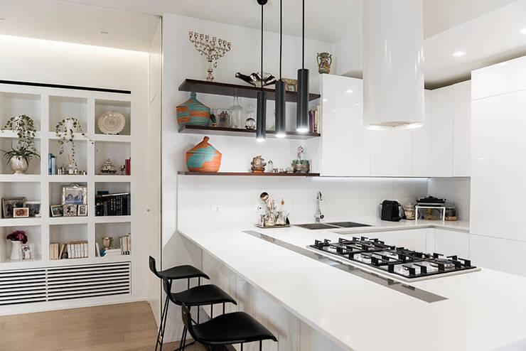 Ruang Keluarga by Archenjoy - Studio di Architettura -