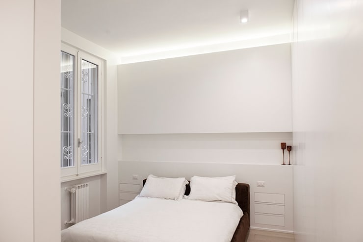 moderne Slaapkamer door Archenjoy - Studio di Architettura -