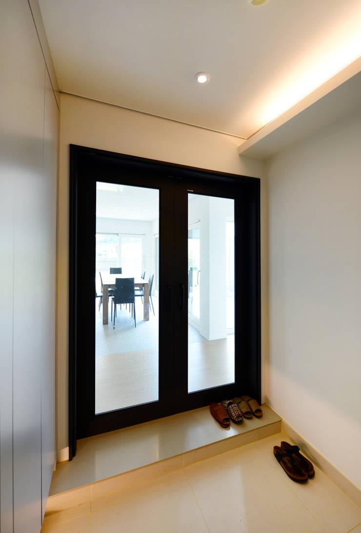 태안 방갈리 주택 : 코원하우스의  창문