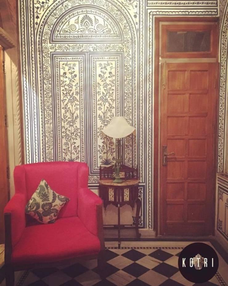 RUSTIC APPROACH:  Conservatory by Devyani Kumari Lifestyle & Designs