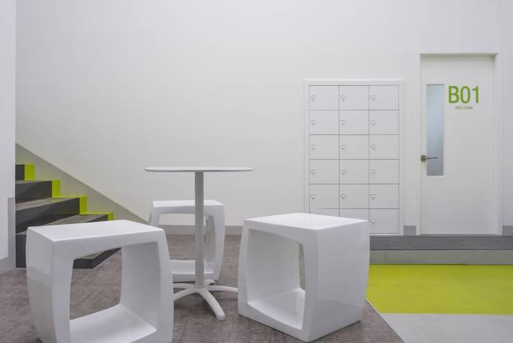 베트올: 공상플래닛의  서재 & 사무실