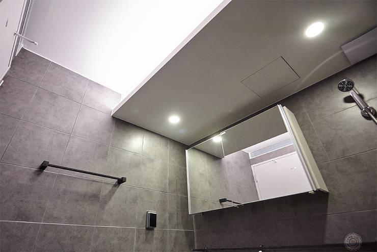3대의 라이프스타일이 녹아든 보금자리 48PY: 제이앤예림design의  욕실