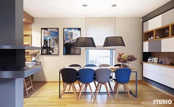 dining room-scandinavian living design: styl , w kategorii Jadalnia zaprojektowany przez MIKOŁAJSKAstudio