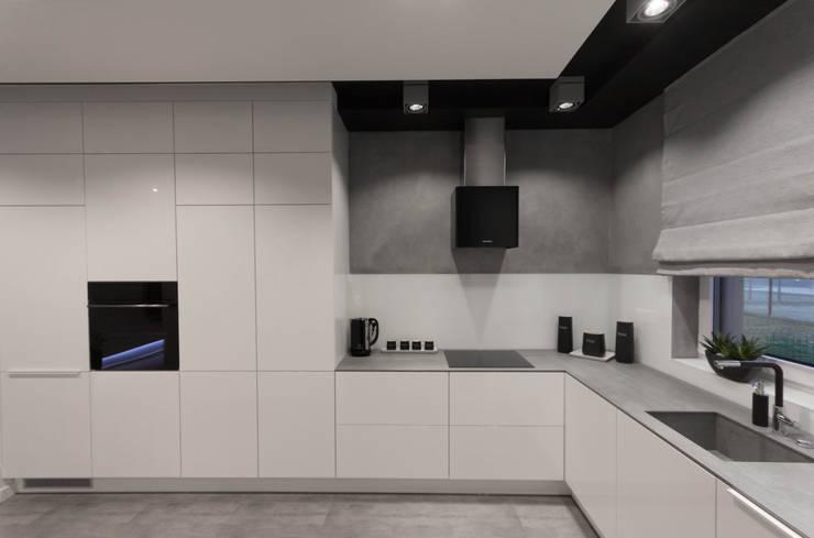 مطبخ تنفيذ Luxon Modern Design Łukasz Szadujko
