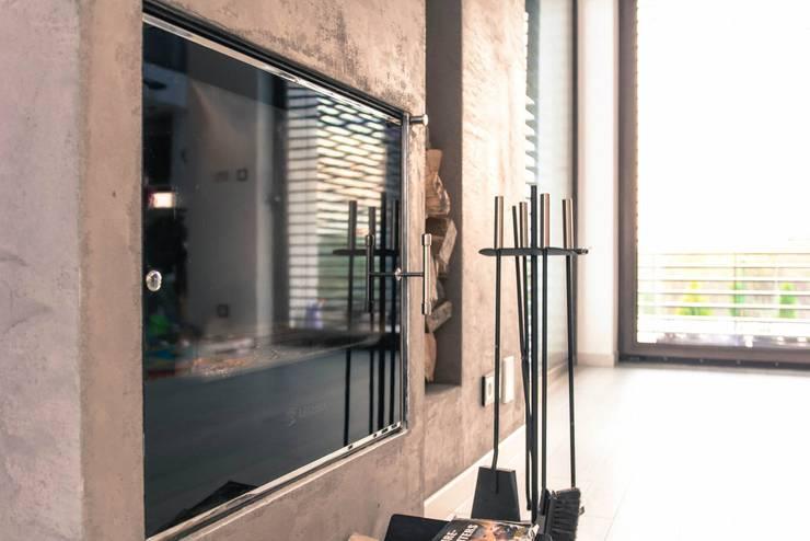 HOUSE 3: styl , w kategorii Salon zaprojektowany przez Luxon Modern Design Łukasz Szadujko