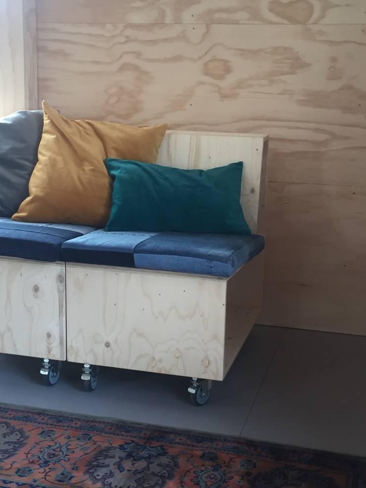 Innovation Lab element sofa:  Kantoorgebouwen door Studio Mind