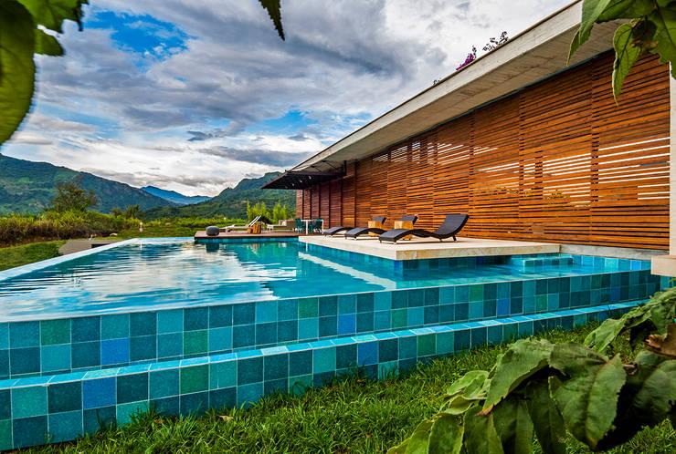 Vista General: Casas de estilo  por Arquitectura en Estudio, Moderno Madera Acabado en madera