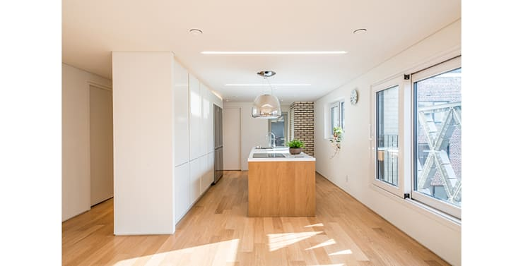 양재동 다세대주택: 제이에이치와이 건축사사무소의  다이닝 룸