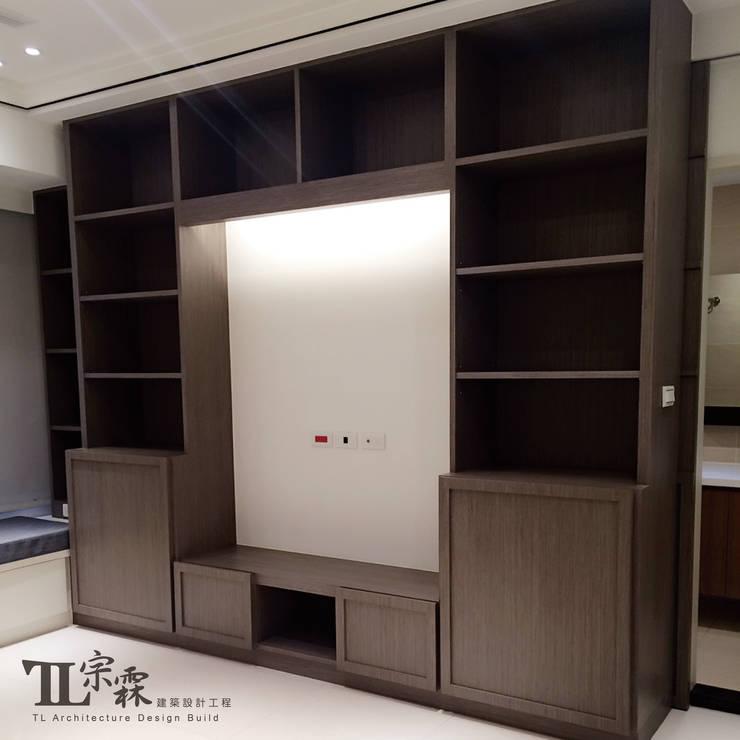 起居室:  客廳 by 宗霖建築設計工程