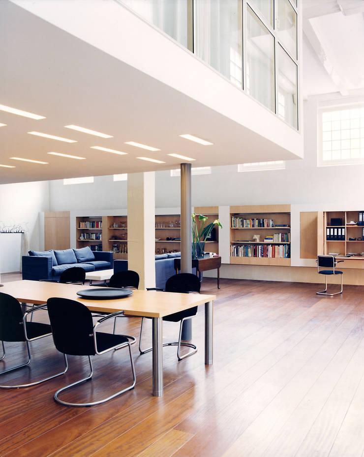 Pakhuis, Amsterdam:  Woonkamer door VASD interieur & architectuur, Modern