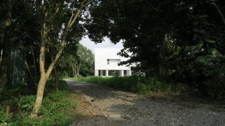 宛如森林中的糖果屋:  房子 by 哈塔阿沃建築設計事務所 hataarvo architects