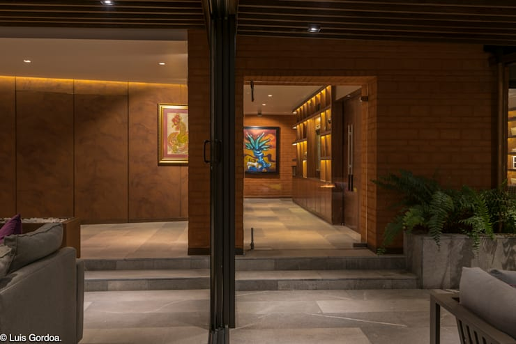 Koridor dan lorong by HDA: ARQUITECTURA BIOCLIMATICA