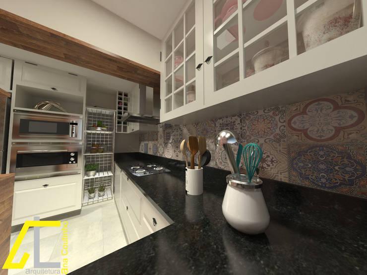 Cocinas de estilo clásico por Ana Coutinho Arquitetura