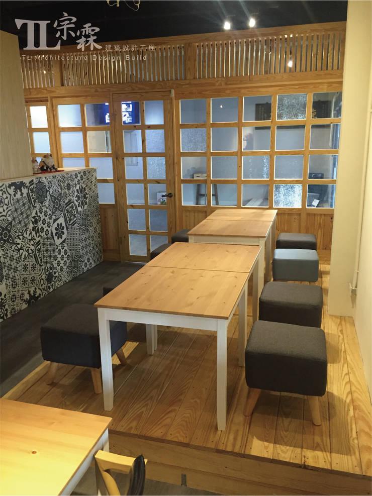室內擺設:  辦公室&店面 by 宗霖建築設計工程