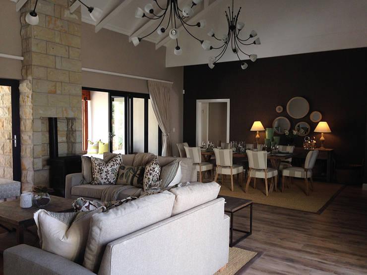 Clarens Mountain Estate :  Living room by Katie Allen Decor & Design/Urban Yuppi