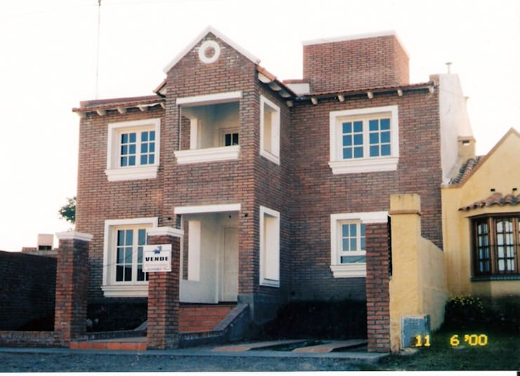 Rumah oleh Valy, Klasik Batu Bata
