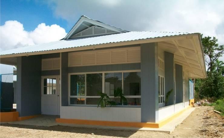 Nuestros proyectos: Oficinas y Tiendas de estilo  por JMGLL - Arquitecto