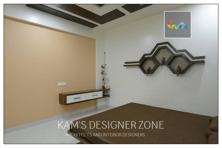 Home interior design for Kiran :  Bedroom by KAM'S DESIGNER ZONE