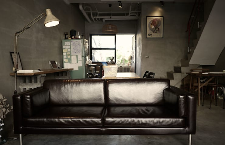 Living room by 日常鉄件製作所, Eclectic