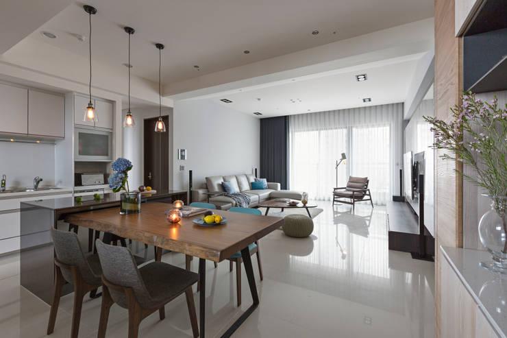 Comedores de estilo  de 賀澤室內設計 HOZO_interior_design