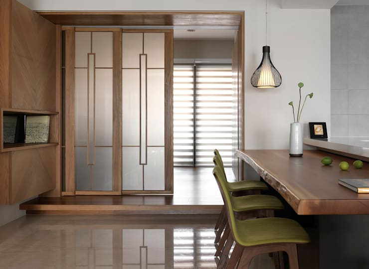 Projekty,  Jadalnia zaprojektowane przez 賀澤室內設計 HOZO_interior_design