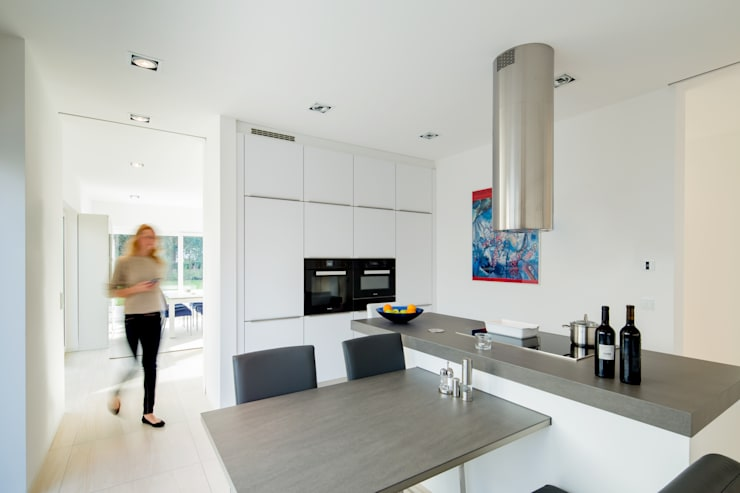 modern Kitchen by Ferreira | Verfürth Architekten
