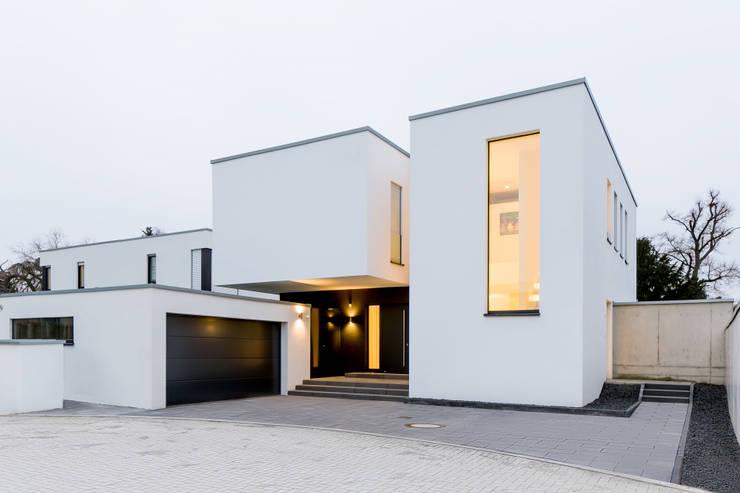 Projekty,  Domy zaprojektowane przez Ferreira | Verfürth Architekten
