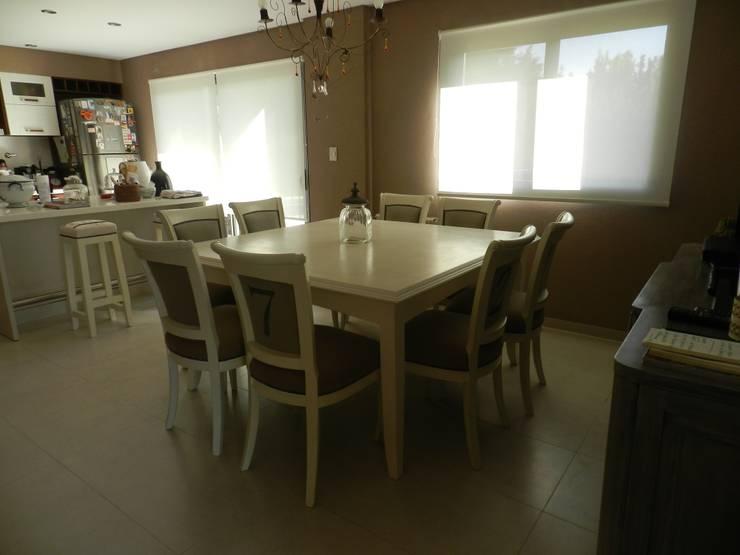 Casa en bario cerrado- Diseño de muebles personalizado: Cocinas de estilo  por Sepia reciclados,