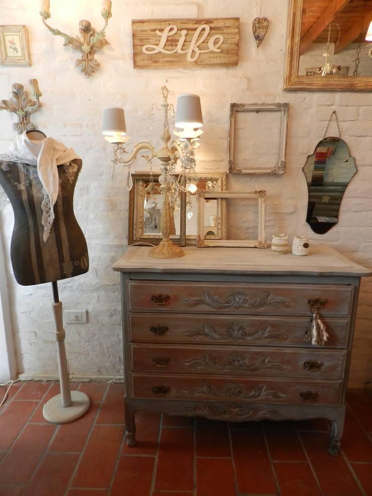 Espacios de la provence: Dormitorios de estilo  por Sepia reciclados,
