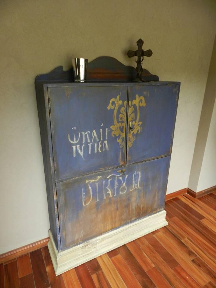 Tomamos a cada pieza como unica. Su historia queda marcada, su impronta destacada.: Dormitorios de estilo  por Sepia reciclados