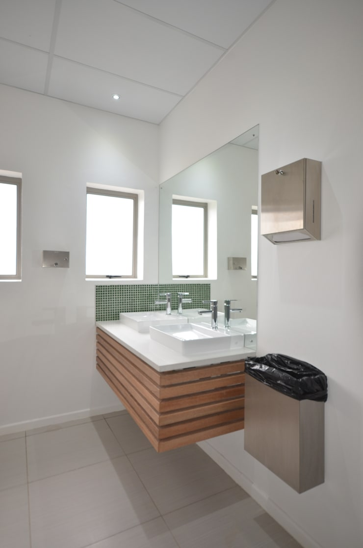 bathroom vanity:  Office buildings by Till Manecke:Architect, Modern